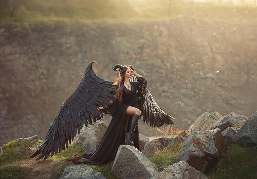 マレフィセントは空飛ぶ妖精