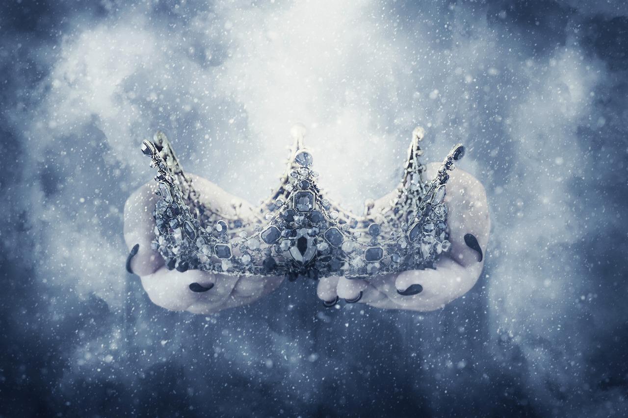 『雪の女王』は怖い?あらすじで感動を呼ぶアンデルセン童話